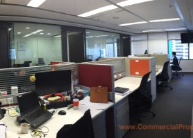 Fitted Office For Rent At Singapore Land Tower